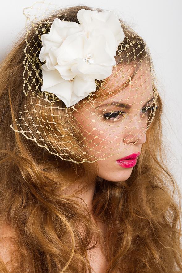 01_voaleta_josephine_mariage_aurie_flori_matase_naturala_ivoire_cristale_swarovski_albe_auriu_roz