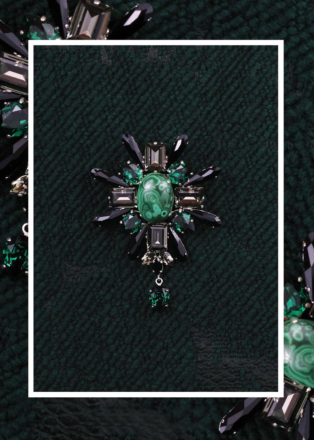 02_brosa_Josephine_cristale_swarovski_negru_verde_smarald_gri_malahit