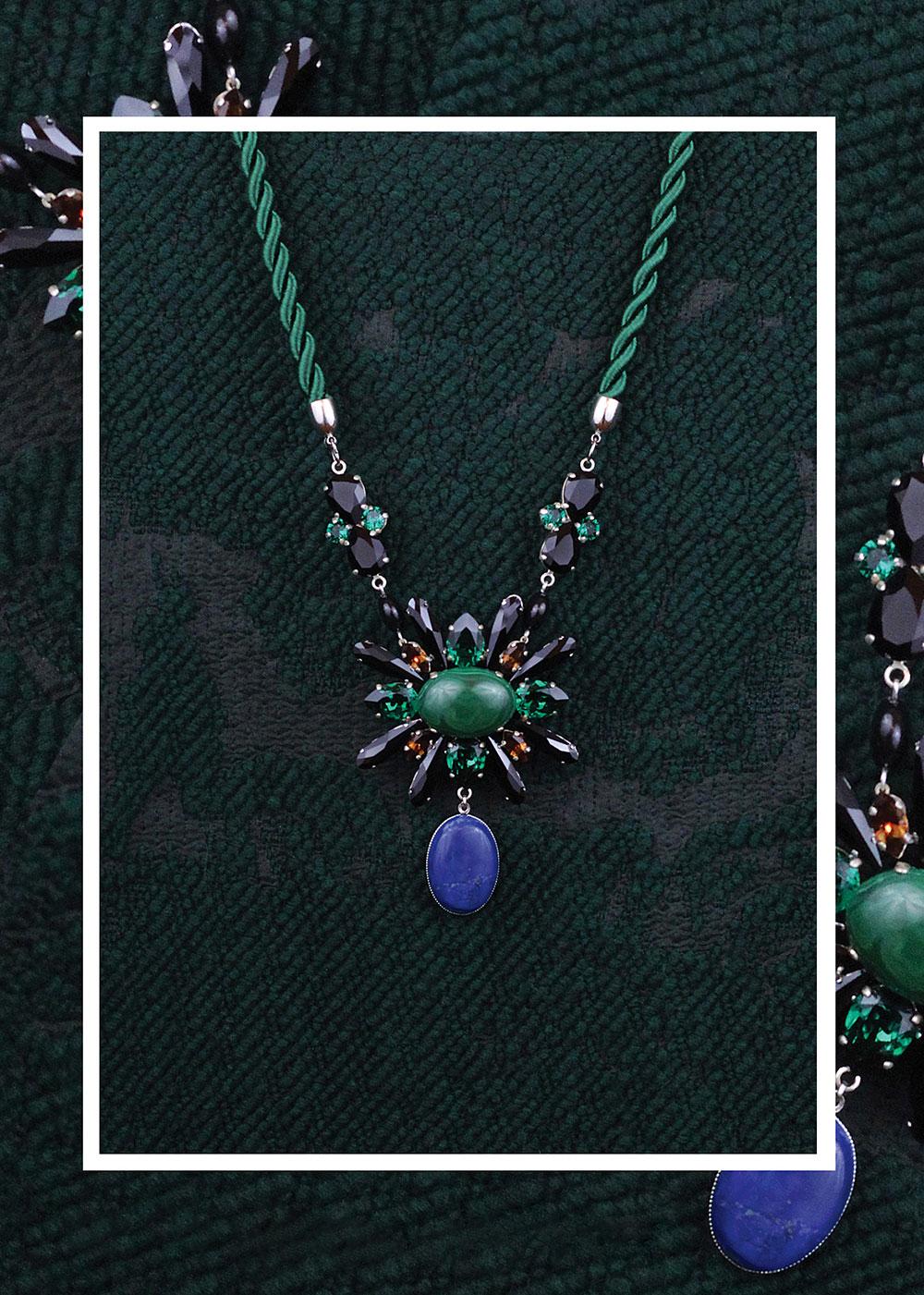 02_colier_josephine_cristale-swarovski_negre_verde_smarald_pietre_semi-pretioase_malahit_lapis_lazuli